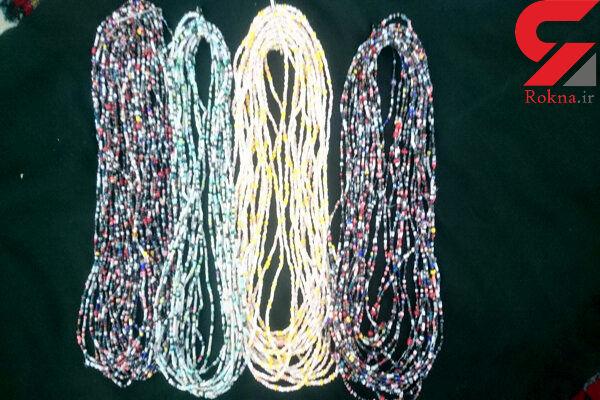 دستبند دوستی هدیه مادر مشهدی به زائران اربعین