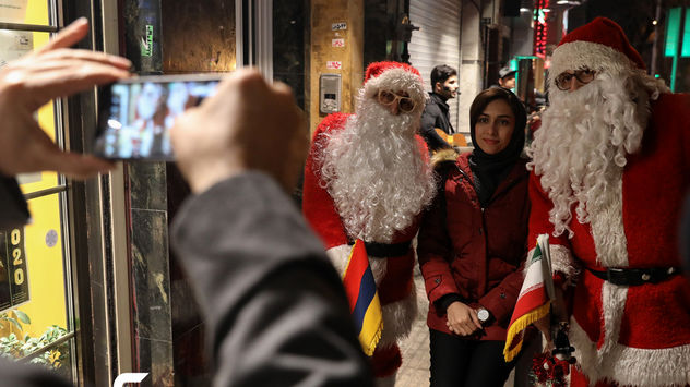 گزارش تصویری از خرید کریسمس  2020 در تهران