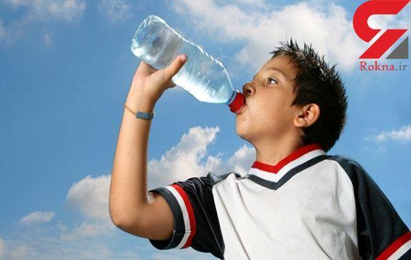 نوشیدن آب همراه غذا چاق می کند؟