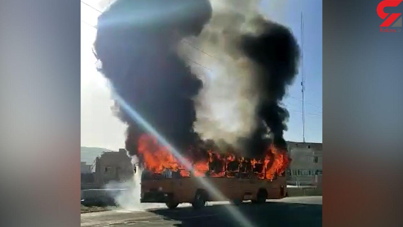 فیلم لحظه آتش سوزی مهیب اتوبوس مسافربری تبریز
